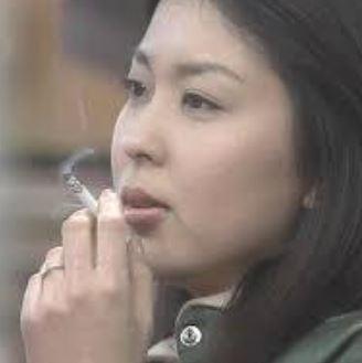 松たか子、喫煙画像