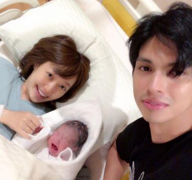 川崎希とアレクサンダーと子供